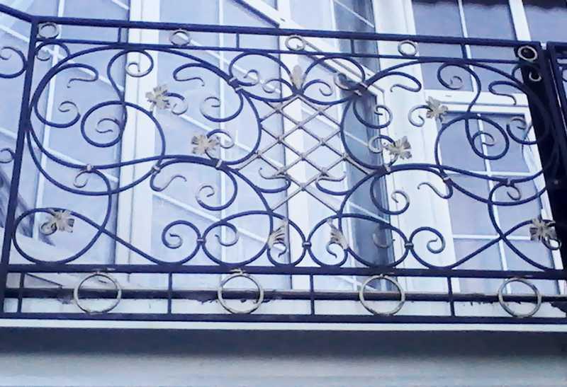 цена на железные решетки на окна купить